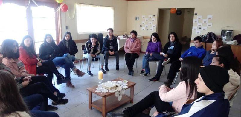 Jóvenes de Templo Vivo se reunieron en animada jornada