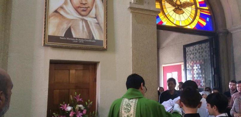 Entronizada imagen de Santa Mariam en nuestra parroquia